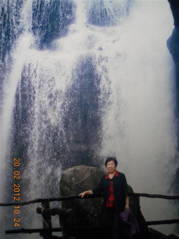 田卫东/相片名称:天台山上 相片描述:此相片由:周述永( 田卫东的丈夫...